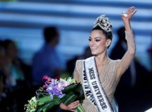 Miss South Africa, Demi-Leigh Nel-Peters, wins Miss Universe 2017