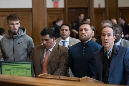 Conor McGregor et Cian Cowley au tribunal de Brooklyn, New York